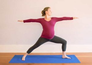 top yoga poses for pregnant women  dubai yoga trainers